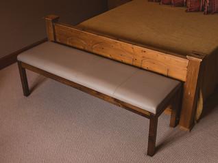 sonnaz-leather-stool-4.jpg
