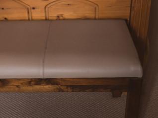 sonnaz-leather-stool-3.jpg