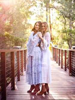 Jesinta & Aleysha- ©Corrie Bond