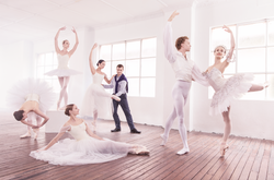 Aus Ballet- ©PeterBrewBevan/AWW
