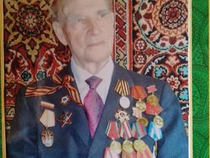 В гостях у выпускника школы 1941 года М.А. Купцова