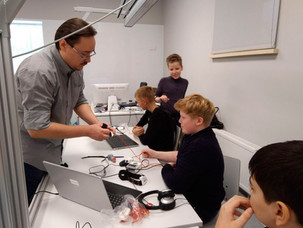 Мастер-классы по работе с датчиками бионейросигналов
