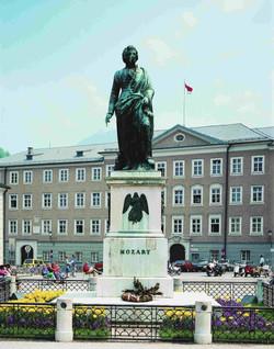 Mozartsplatz