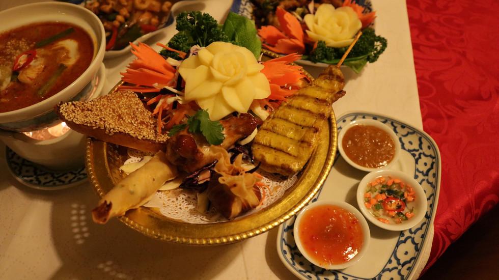 11 Mixed Platter