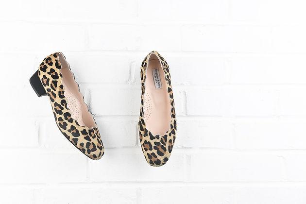e32b11d0d053 Sargasso   Grey s shoes often feature leopard prints