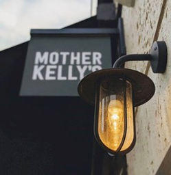 Mother Kelly's E20