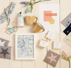 Gifted Local is the online shop helping the community find unique homeware and lifestyle gifts all made by local makers, artists and illustrators.  Find something special for that special someone.