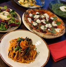 Family run restaurant with delicious Italian food prepared by chefs as passionate about great food as you are.