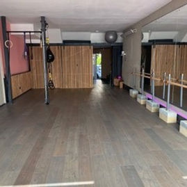 Strength and wellbeing studio and personal training, yoga ,Pilates boxing, barre, beauty treatments