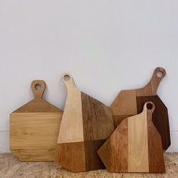 HAUSOF Furniture and Ceramics