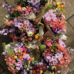 Pie Floral Design