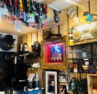 Matters of Vinyl Importance - cafe, records, gifts (Hoxton)