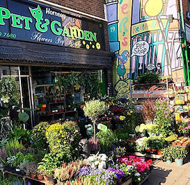Suppling all your pets foods and needs  Indoor and outdoor plants all types of composts and gardening needs.