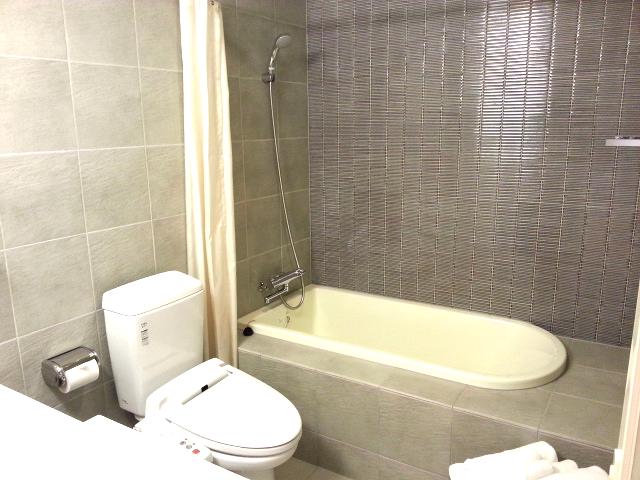 Koharu Toilet