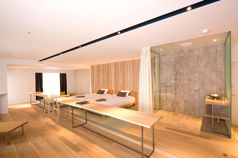Room5