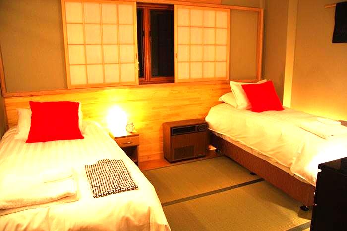 double black hotel room1