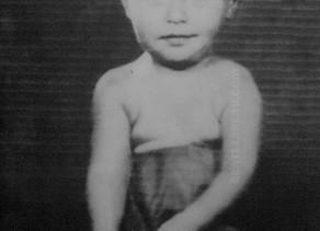 ב-24 בנובמבר 1941 נולד ראנדולף פיטר בסט, המתופף של להקת הביטלס בין 1960 ל-1962
