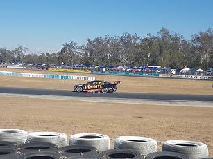 V8 supercars racing