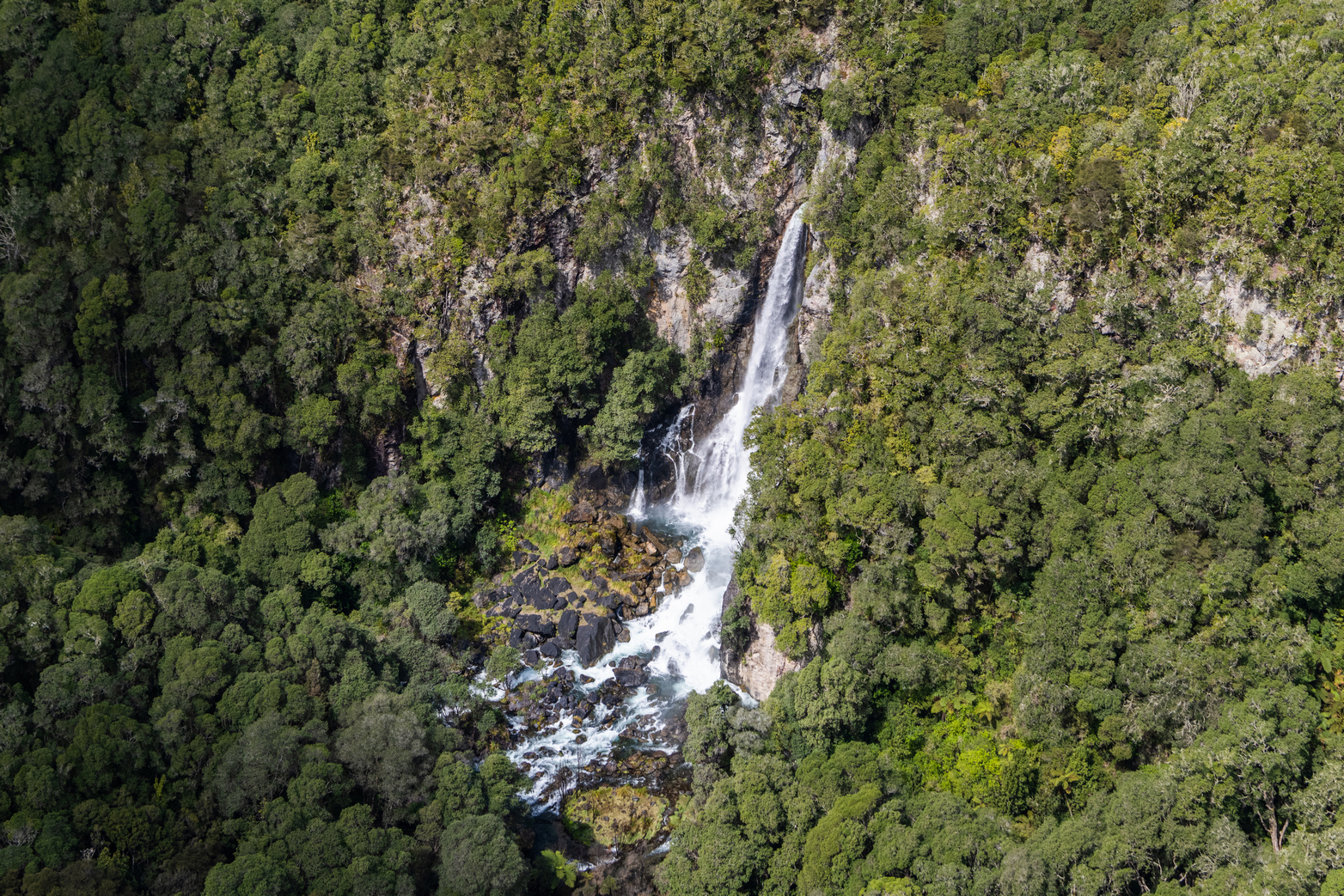 Flying over the Tarawera Falls
