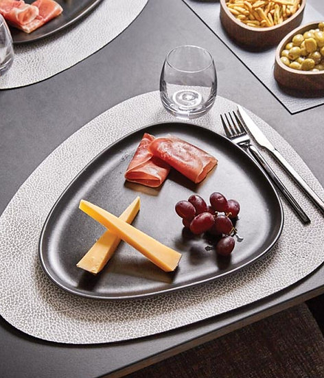LIND DNA Leather Table Mat Curve L (Set of 4)
