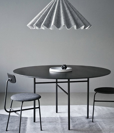 Snaregade Dining Table - Round