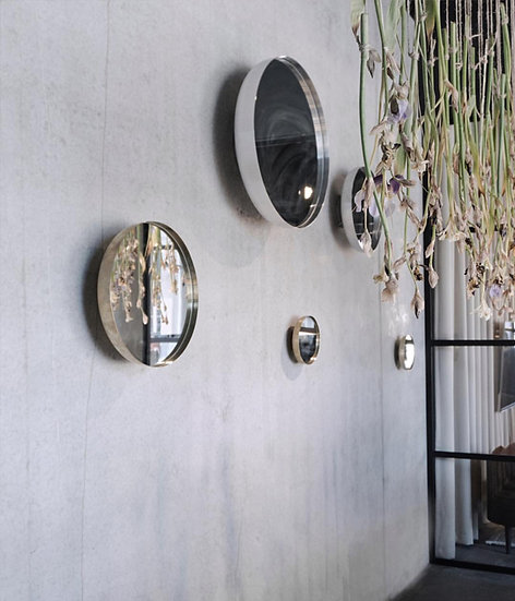 MENU Darkly Mirror Brass / Aluminium Large