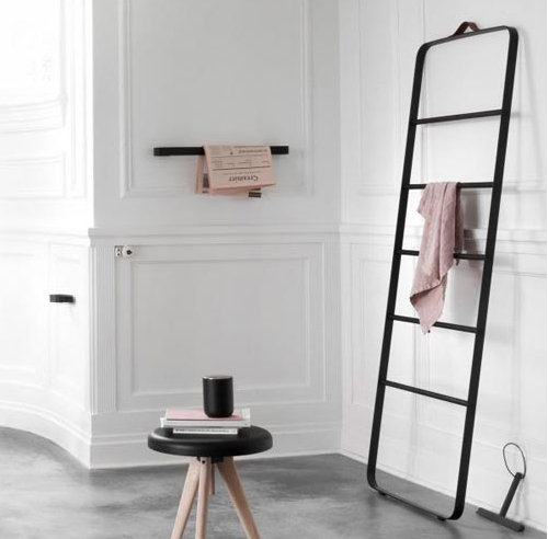 MENU Towel Ladder Black / Dark Oak