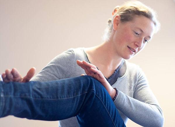 Anne-Julie ADRIAN, séance de kinésiologie, test musculaire