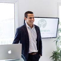 Dr.Hugo Neves - Medicina do Estilo de Vida