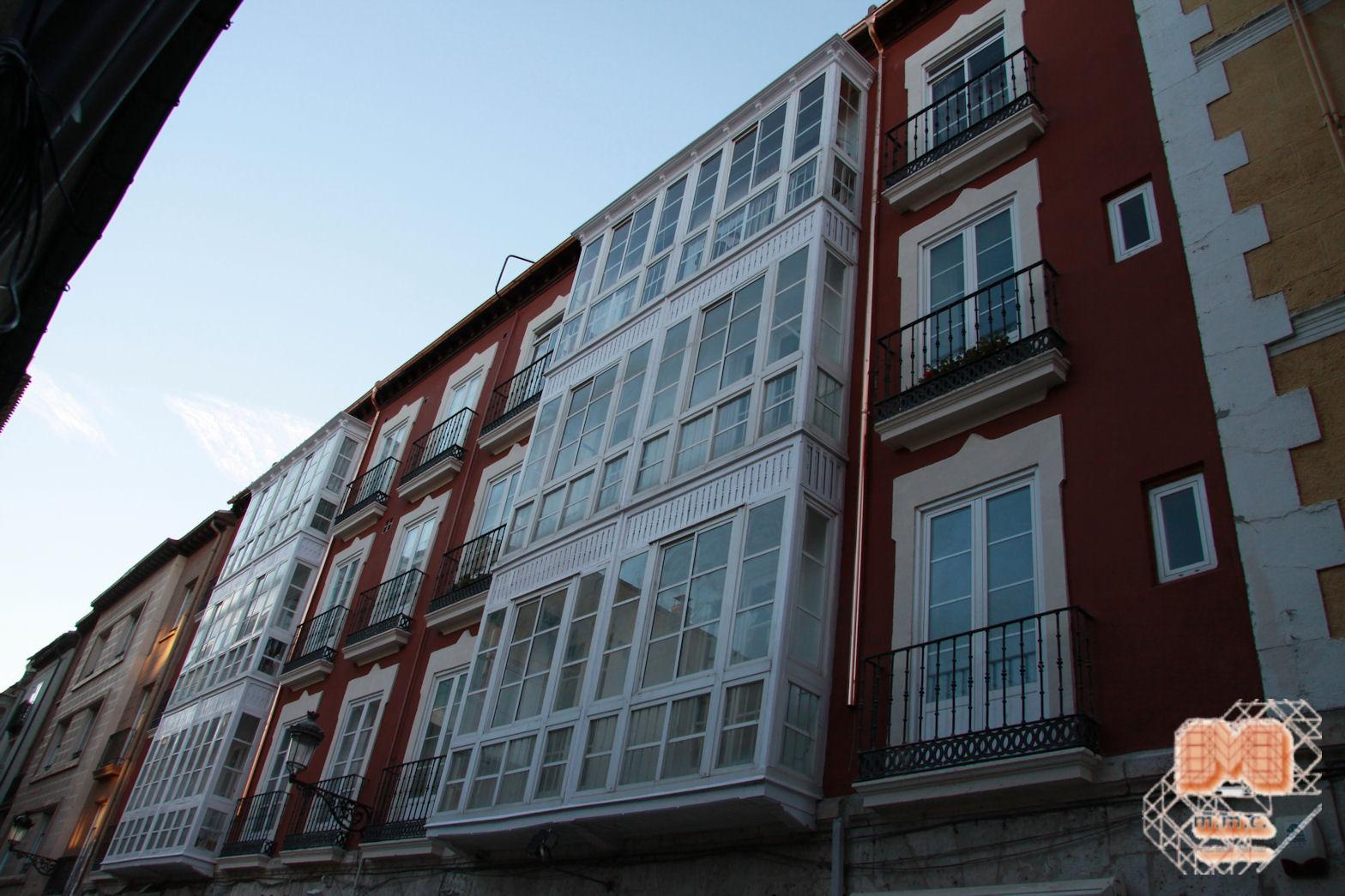 Fachada C/ La Puebla Burgos