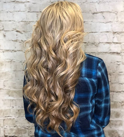 Serious hair envy!! Hair by Mallory_-_-_