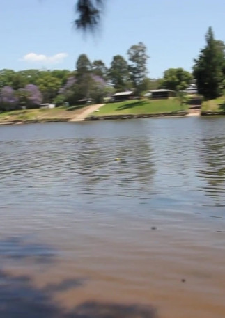 banks of the Hawkesbury.mp4