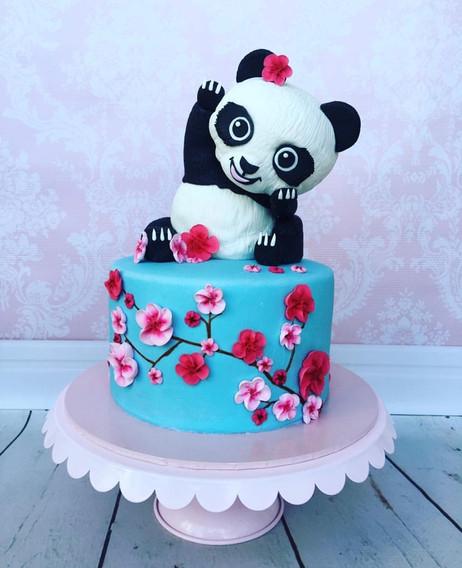 The Vanilla Rabbit Birthday Cake Panda 2017