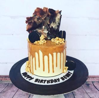 The Vanilla Rabbit Birthday Cake Chocolate Madness