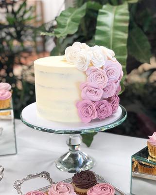 Ombre handmade sugar roses, old school w