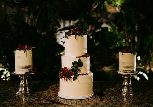 The Vanilla Rabbit Wedding Cake Casuarina Byron Tweed Plantation House 225.jpg