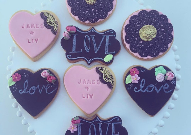 The Vanilla Rabbit Wedding Cookies
