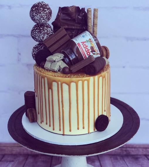 The Vanilla Rabbit Birthday Cake Chocolate Delight 2017