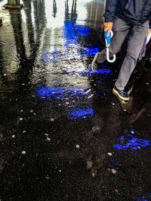 Homme au parapluie by Pierre-François Belletini