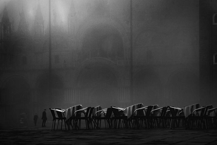 Venetian fog by Eric Celerse