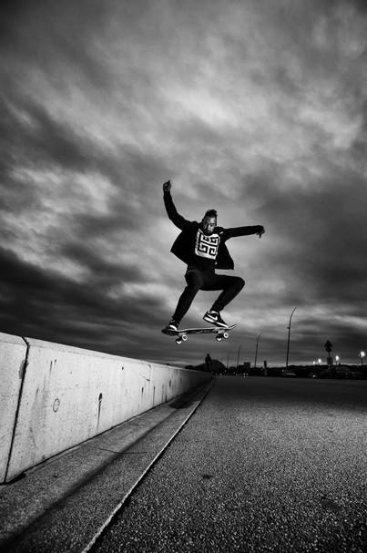 Skate in night by Patrick Gauthey.jpg