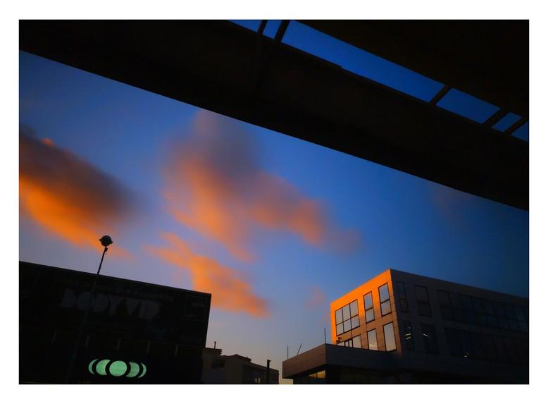 Un bout de ciel by Michel Badia