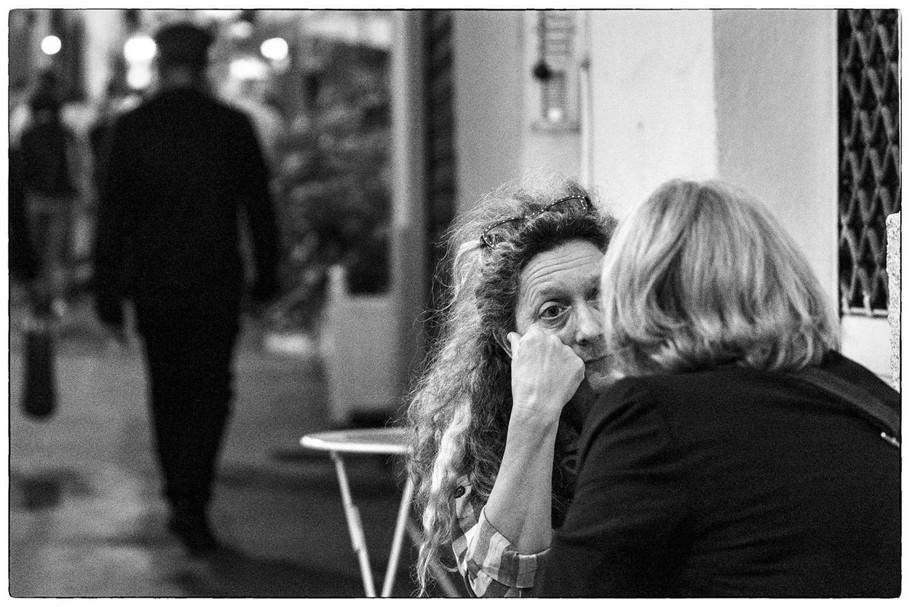 Confidences by Mo Le Roux