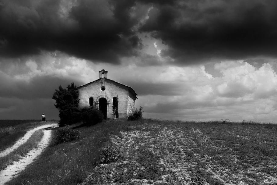 Petite église abandonnée by Stella Cox