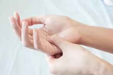 automassage mains.jpg