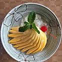 Fresh Mango w/Stick Rice