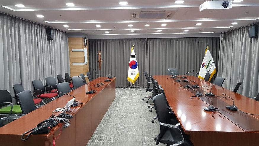 회의실 어쿠스틱.jpg