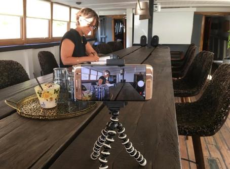Dygtige Katrine fra Real Story besøger fyrskibet den 10 juni 2020