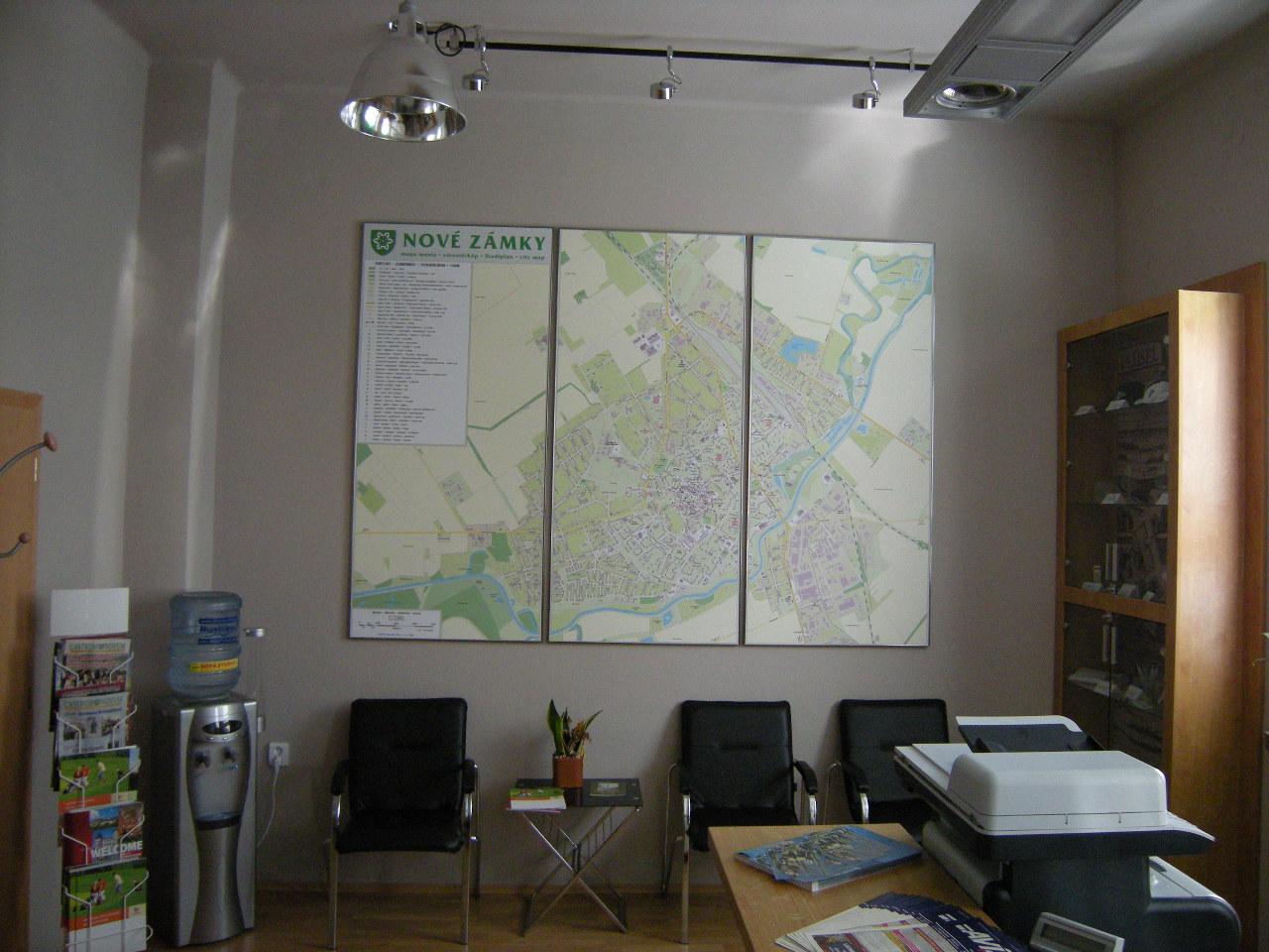 Projekt interiéru info centra NZ 05