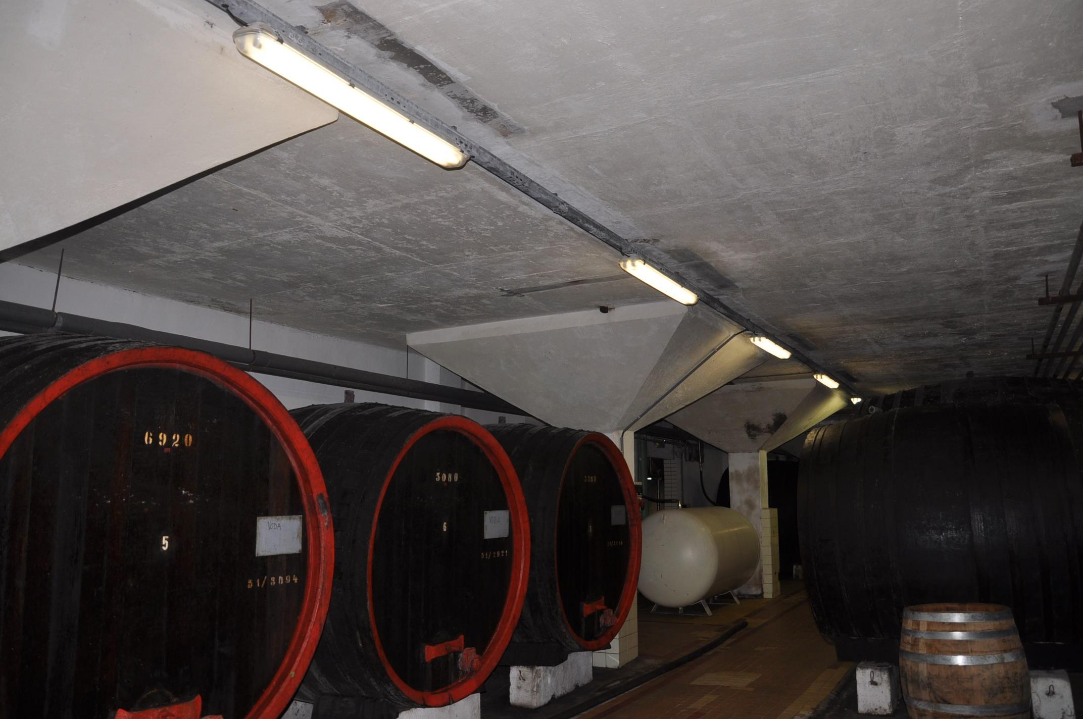 Interiér vínnej pivnice Pezinok 12